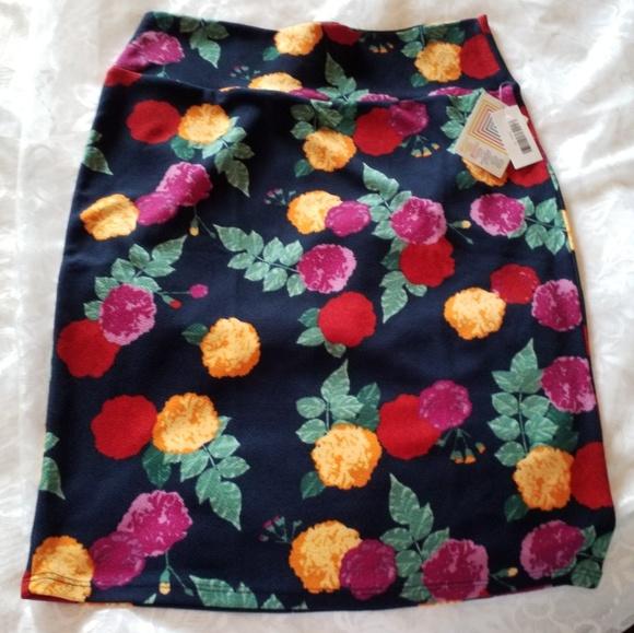 LuLaRoe Dresses & Skirts - Lularoe Cassie Floral
